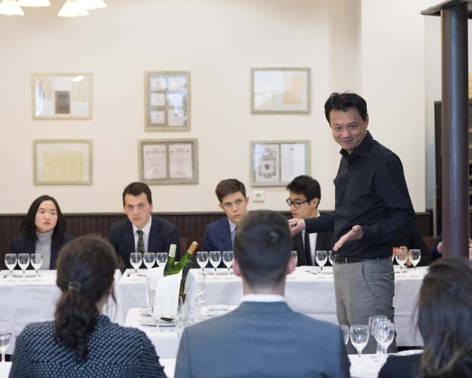 Students learn wine, table Arts, etiquette and protocole at the Luxury Hotelschool
